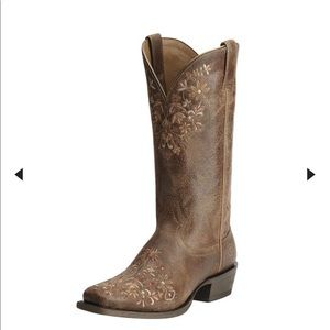 Floral Embroidered Ariat Boots